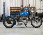 1966_Triumph_TR6R
